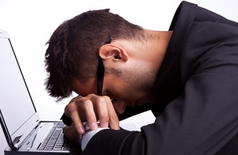 ۱۳ عامل موثر بر احساس خستگی مداوم
