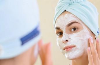 ۸ فایده شگفتانگیز ماسک ماست (قسمت اول)