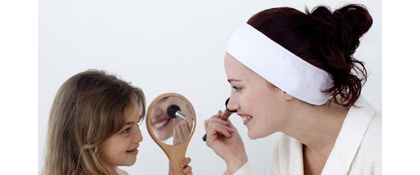 نکات مراقبت از پوست در برابر آکنه برای مادران پر مشغله
