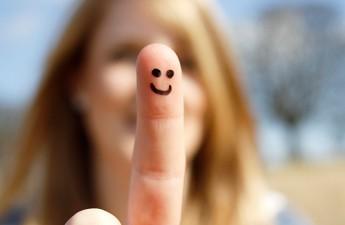 ۱۴ عادتی که انسانهای مثبت را از انرژی منفی جدا میکند