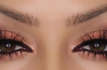 روشهایی برای زیباتر جلوه دادن آرایش چشم