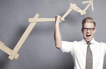 ۱۰ عاملی که برای موفقیت باید در اولویت قرار دهید