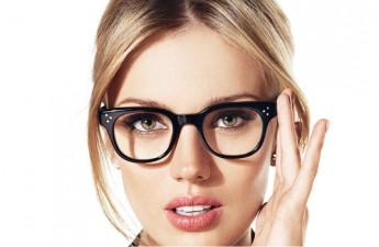 ۵ ترفند آرایشی ویژه عینکیها