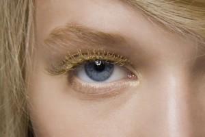 9 gold-mascaras