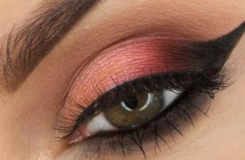 آموزش آرایش چشم – مدل شکوفه گیلاس