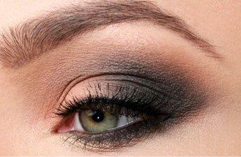 آموزش آرایش چشم – مدل فریبا