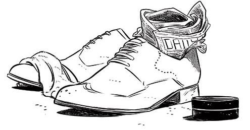کفشهای چرمی را خیس به حال خود رها نکنید.