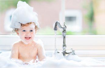 ۷ محصول پوست و مو ضروری برای کودکان