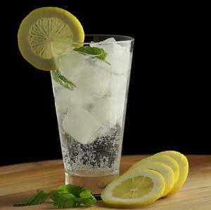 هر روز صبح و عصر یک لیوان آب یخ بنوشید