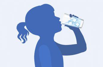 اینفوگرافیک: تاثیرات نوشیدن آب در زمان مناسب روی سلامتی