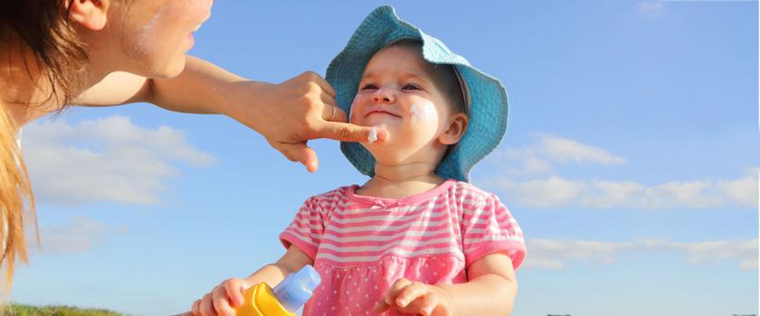 اصول پایهای مراقبت از پوست کودکان در برابر آفتاب