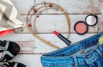 لوازم آرایشی و بهداشتی که در مسافرت باید همراه داشته باشید