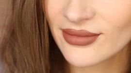 ترفندهای آرایش لب با رژلب مایع