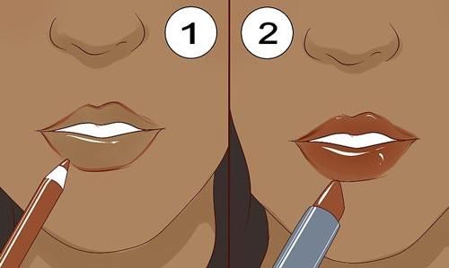 برای آرایش بهتر لبها، اول خط لب بکشید