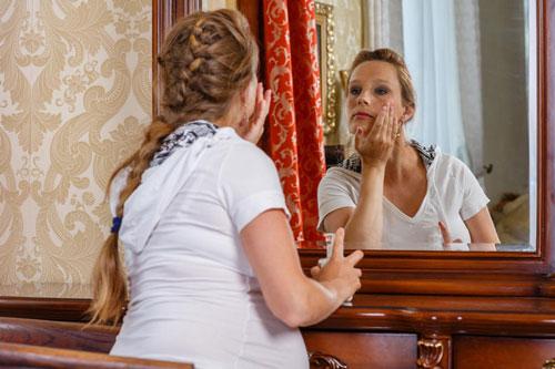 خرید کرم ضد لک برای رفع لک ناشی از بارداری