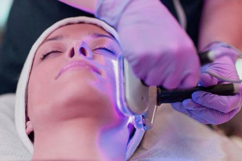 دلایل اصلی ایجاد لکههای پوستی