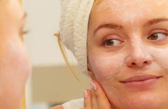 چگونه در کنار آرایش کردن، از کرم های ضد آفتاب استفاده کنیم؟