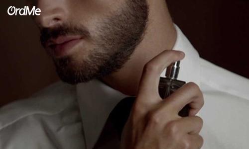 یکی از راه های افزایش ماندگاری عطر مردانه