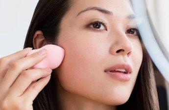 با این روش های کاربردی جلوی خراب شدن آرایش خود را بگیرید