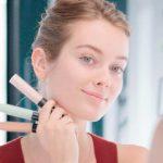 کانسیلر چیست؟ با کاربرد کانسیلر رنگی در آرایش آشنا شوید