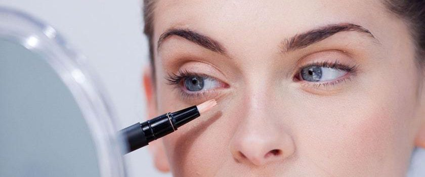 ترفندهای جالب استفاده از کانسیلر برای زیباتر شدن آرایش شما