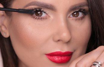 بررسی ۸ نکته مهم و کاربردی برای آرایش چشم های حساس