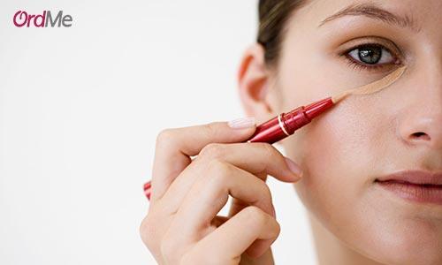بهترین روش استفاده از کانسیلر برای پوشش سیاهی زیر چشم