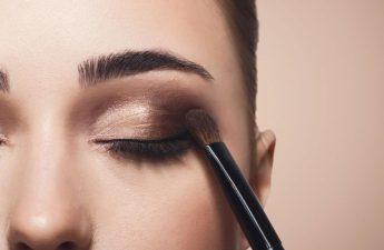 آموزش کشیدن سایه چشم حرفه ای با چند ترفند ساده