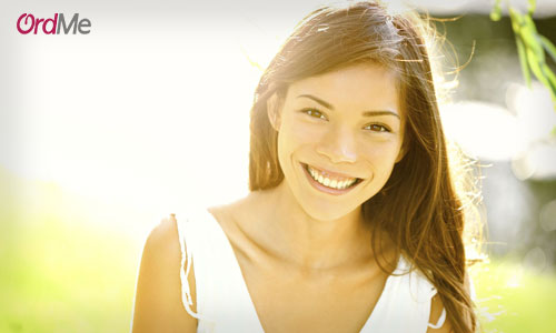 جذاب کردن آرایش با پنکیک دارای ترکیبات ضد آفتاب