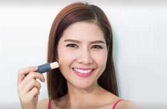 اهمیت استفاده از کانسیلر در آرایش و زیرسازی آن چیست؟