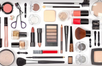 روش صحیح مراقبت از لوازم آرایشی و بهداشتی چیست؟