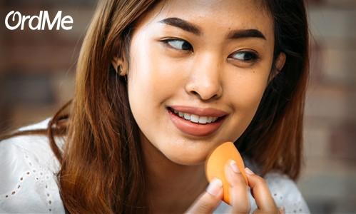 آلوده بودن پد، علت جوش زدن پوست بعد از آرایش