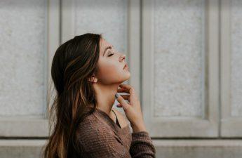 عادت های ناپسند که دشمن زیبایی شما هستند