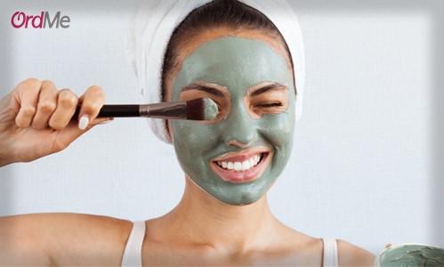 استفاده از ماسک خاک رس کائولن چند بار در هفته مجاز است