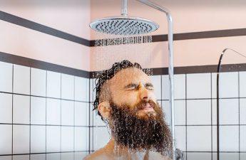 اصول حمام کردن صحیح برای داشتن پوست و موی سالم